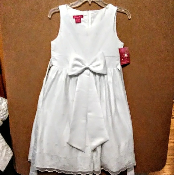 Other - New princess faith white girls dress size 16. A17